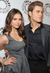 The-PaleyFest-2010-the-vampire-diaries-tv-show-10776674-417-600