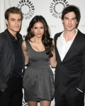 The-PaleyFest-2010-the-vampire-diaries-tv-show-10776706-482-600