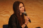 nina-dobrev-sydney-australia-hub-production-convention