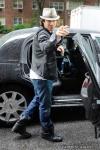 Jim Carey, leaves Bar Pitti